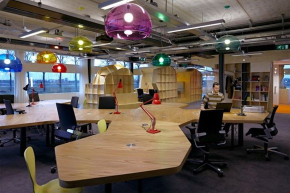 30 examples of creative wooden office interior design for New office layout